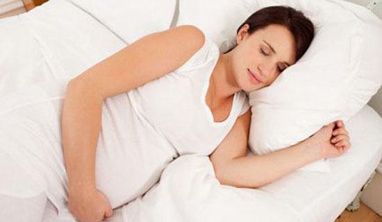 Gebelikte Dinlenme ve Uyku Pozisyonu Nasýl Olmalý